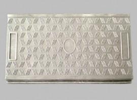 水波紋蓋板